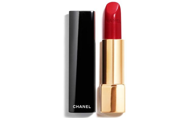 My Celebrity Life – Chanel Rouge Allure Luminous Intense Lip Colour in 99 Pirate
