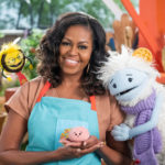 My Celebrity Life – Michelle is on hand to teach Waffles and Mochi about food Picture Netflix