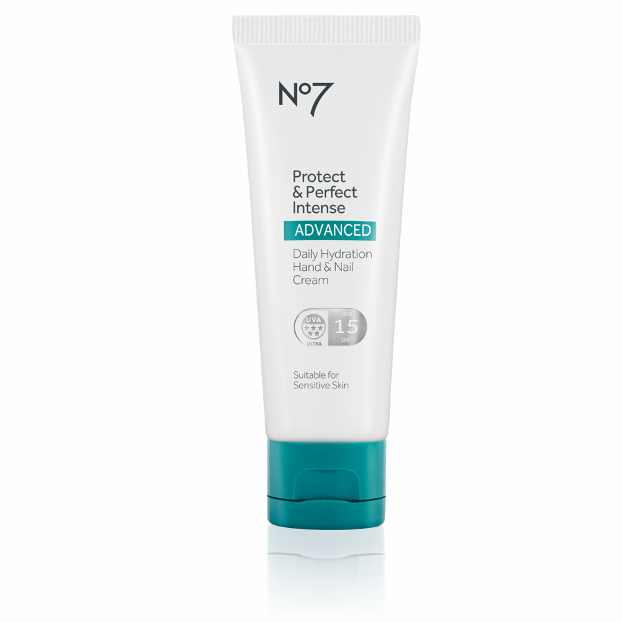My Celebrity Life – No7 Protect Perfect Intense Advanced Daily Handcream SPF15
